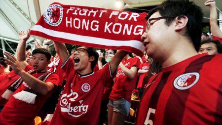 Hong Kong soccer fans defy China anthemlaw